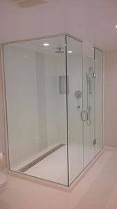 Waterdown Glass & Mirror Custom Shower & Bath Enclosures